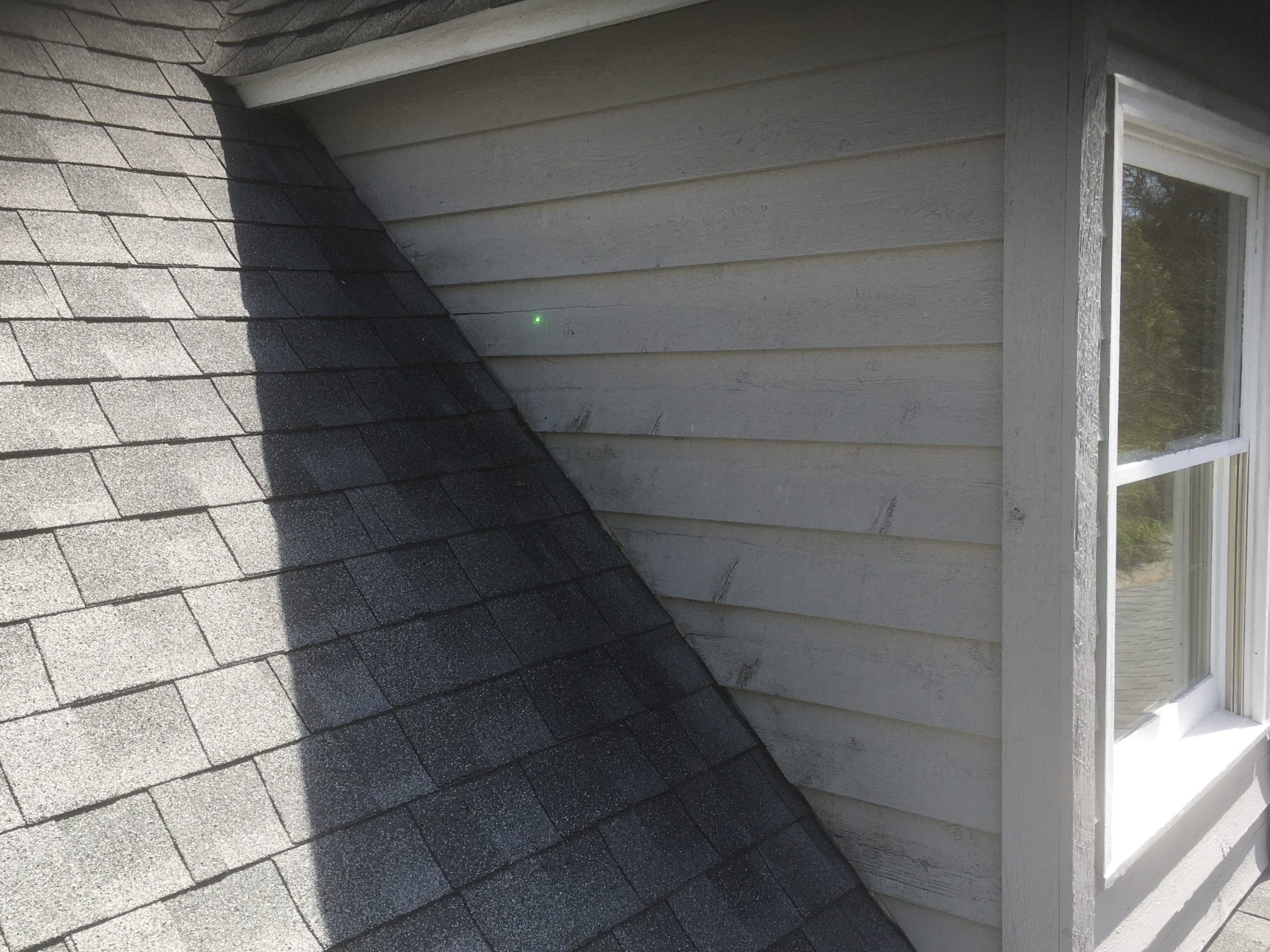 Cracks on roof siding